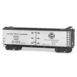 TICHY 4024 - PACIFIC FRUIT EXPRESS CLASS R-40-4 REEFER KIT