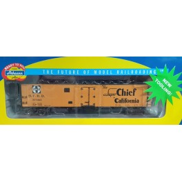 ATHEARN 94513 - 50' ICE BUNKER REEFER - SANTA FE SUPER CHIEF - EARLY MAP - CAR 37343 - HO SCALE