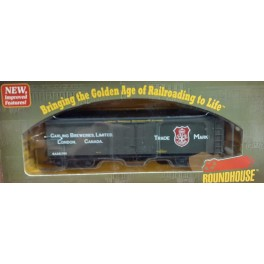 ATHEARN/ROUNDHOUSE 84617 - CARLING BREWERIES 40' WOOD MILK CAR 723 - HO SCALE