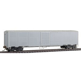 WALTHERS 932-4160 - EX-TROOP SLEEPER EXPRESS CAR - UNDECORATED - HO SCALE
