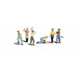 WOODLAND A2723 PAINTED FIGURES - TRACK WORKERS - O SCALE
