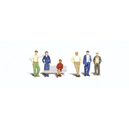 WOODLAND A2732 PAINTED FIGURES - BYSTANDERS - O SCALE
