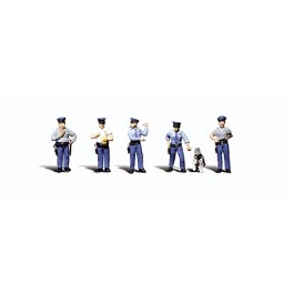 WOODLAND A2736 PAINTED FIGURES - POLICEMEN - O SCALE