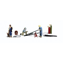 WOODLAND A2748 PAINTED FIGURES - WELDERS AND ACCESSORIES - O SCALE